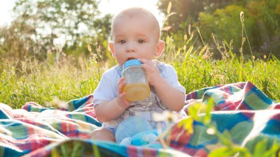 Чем поить годовалого ребенка