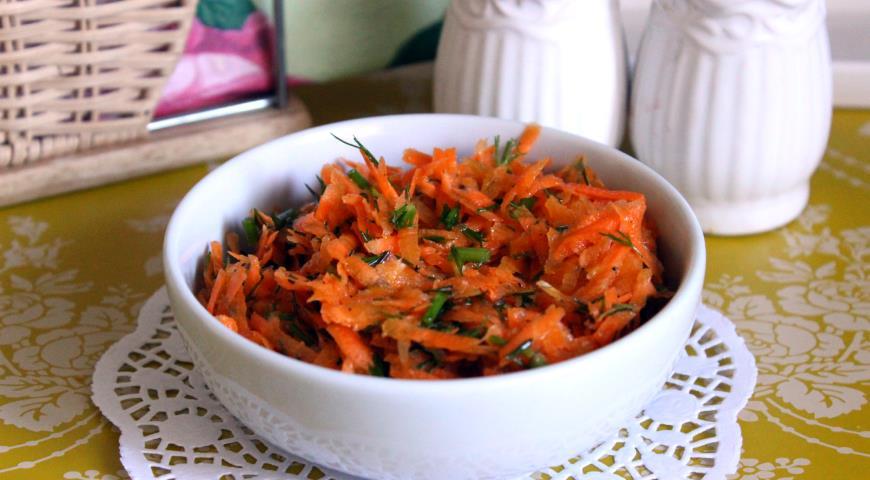 "Салат из свежей моркови ""Здоровье"""