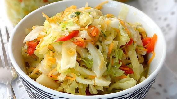 Капустный салат в собственном соку
