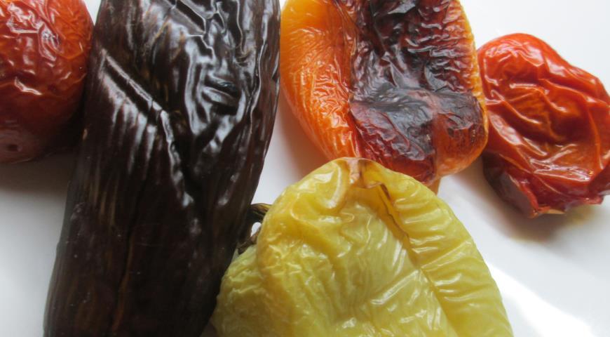 Салат из запеченных овощей с утиными грудками. Шаг 1