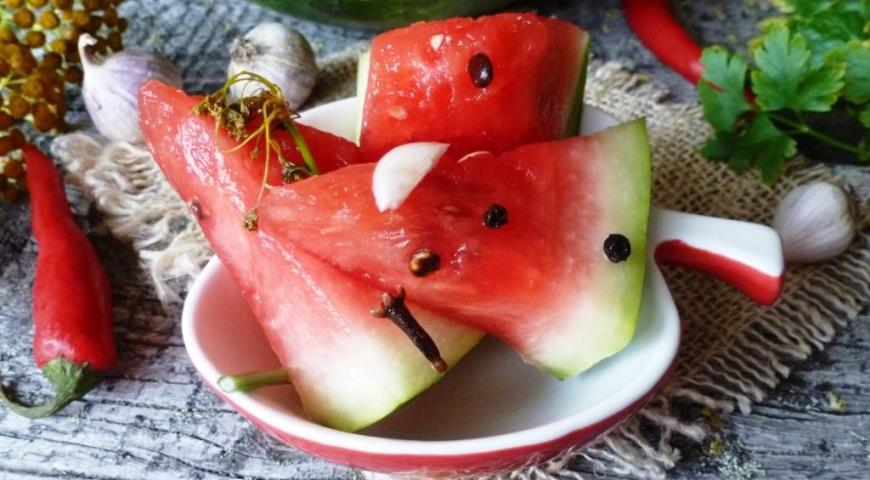 Маринованный арбуз, пошаговый рецепт с фото