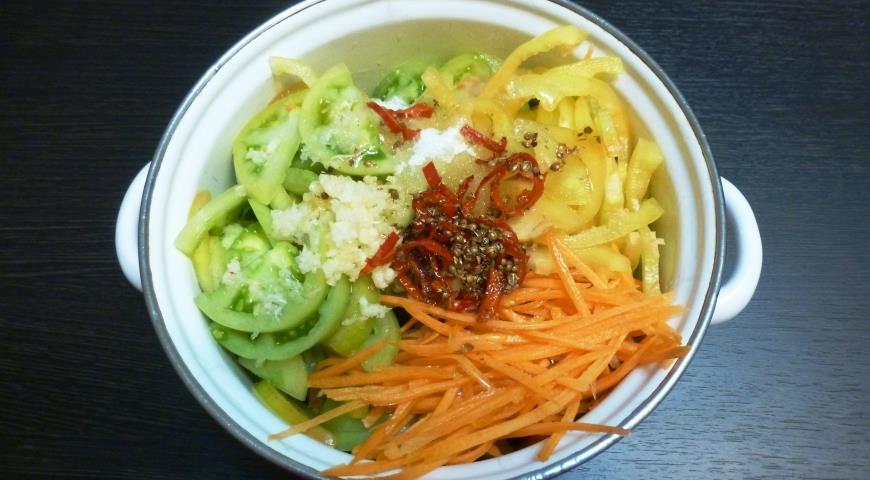 Зеленые помидоры по-корейски. Шаг 4