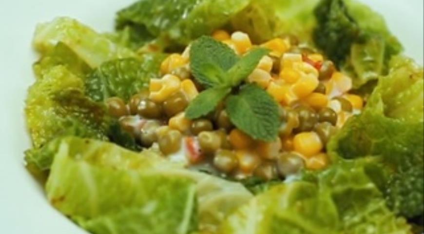 Савойская капуста с овощным соусом, пошаговый рецепт с фото