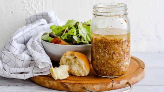Универсальная заправка для салатов, пошаговый рецепт с фото