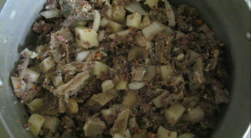 Зур бэлиш с картофелем и субпродуктами. Шаг 3