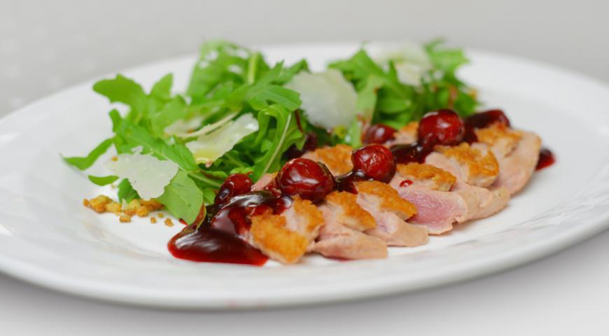 Салат из утиного филе