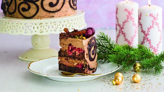 Шоколадный торт свишней