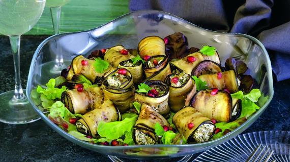 Рулетики из баклажанов с грецкими орехами