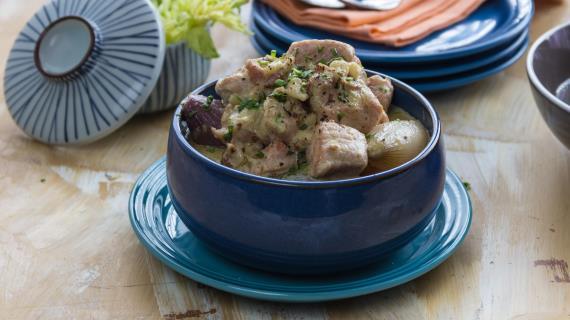 Тушеная свинина по-нормандски, пошаговый рецепт с фото