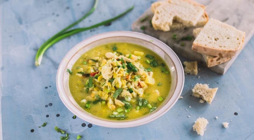 Гороховый суп с курицей и рисом