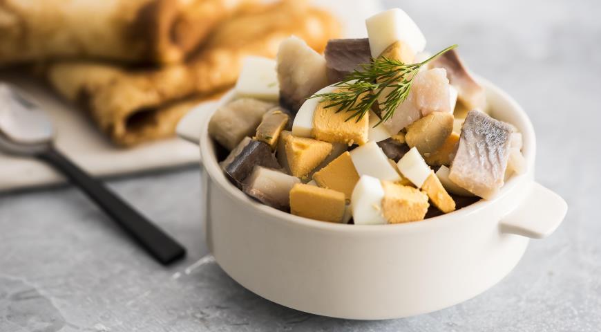 10 начинок до млинців з простих продуктів