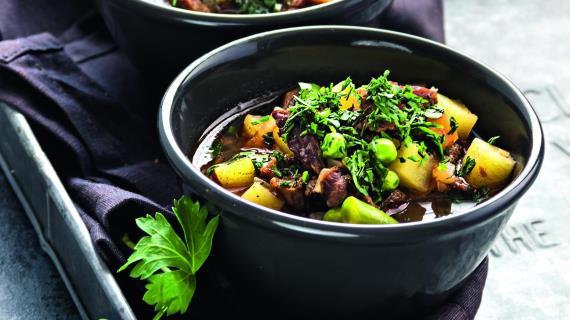 Суп с овощами, говядиной и гречкой
