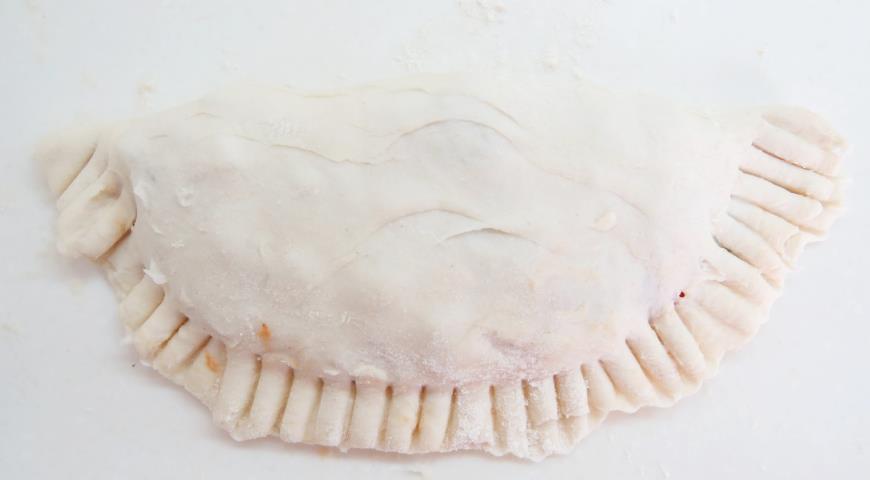 Постные чебуреки с картофелем и грибами. Шаг 8
