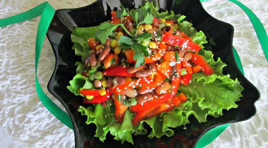 салат зеленым горошком и кукурузой рецепт