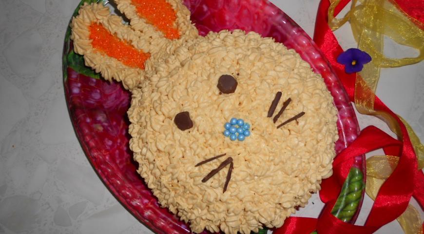 """Пасхальный торт """"Зайчик"""". Шаг 7"""