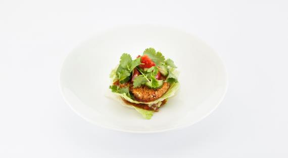 Салат острый с печенью с красным перцем сладким