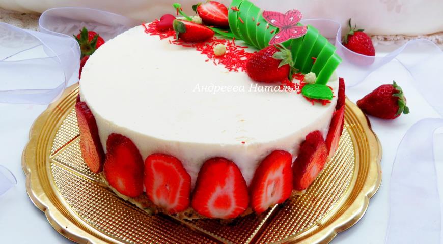 Мятный торт с клубникой 2