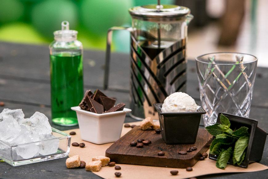 Холодный мятно-шоколадный кофе. Шаг 2