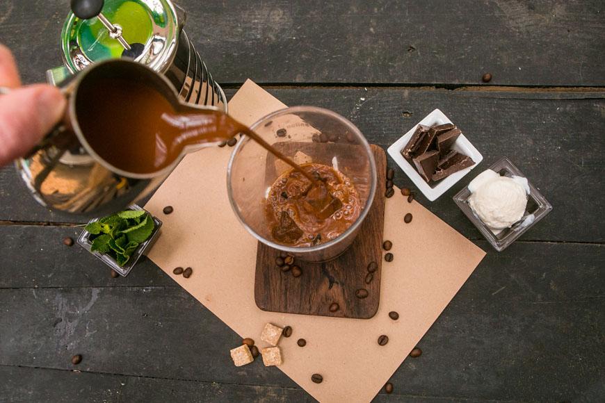 Холодный мятно-шоколадный кофе. Шаг 1