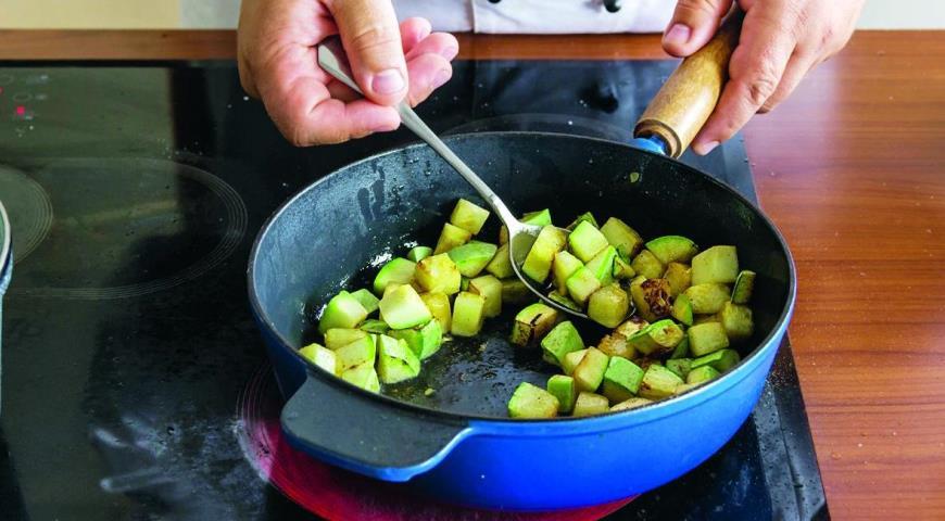 Запеканка из цветной капусты и кабачков. Шаг 2