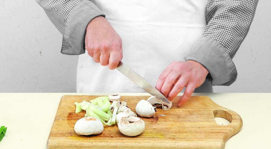 Фото приготовления рецепта: Корейская говядина бульгоги, шаг №5