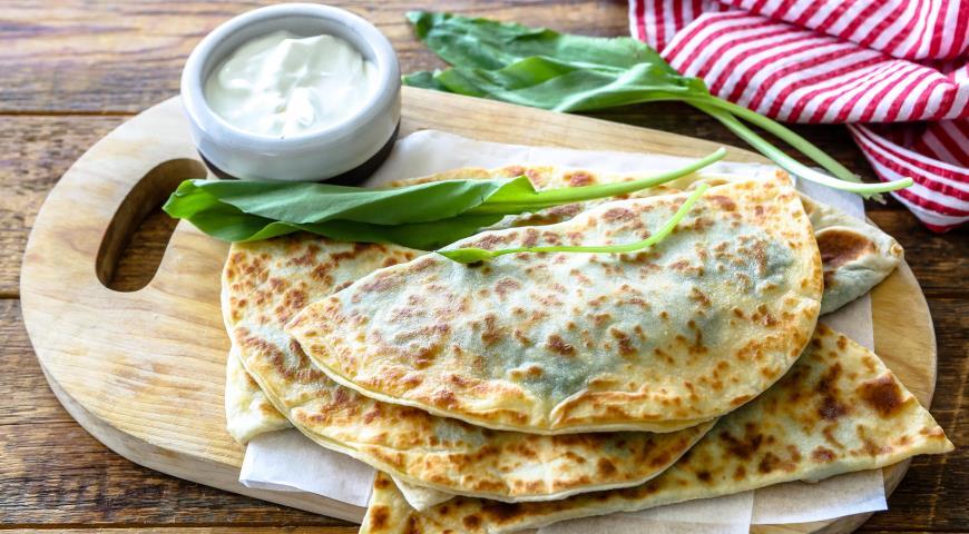 Сырные лепешки сзеленью имацони, пошаговый рецепт с фото