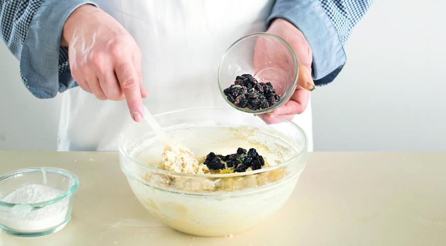 Творожный кекс сизюмом, пошаговый рецепт с фото