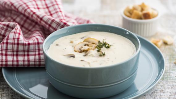 Суп из шампиньонов сосливками