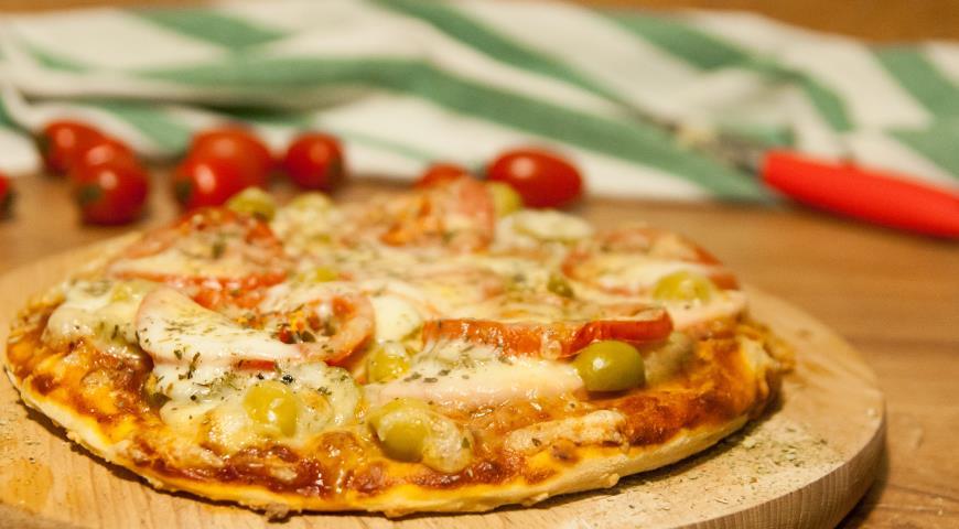 Рецепт пиццы с фаршем и грибами в духовке