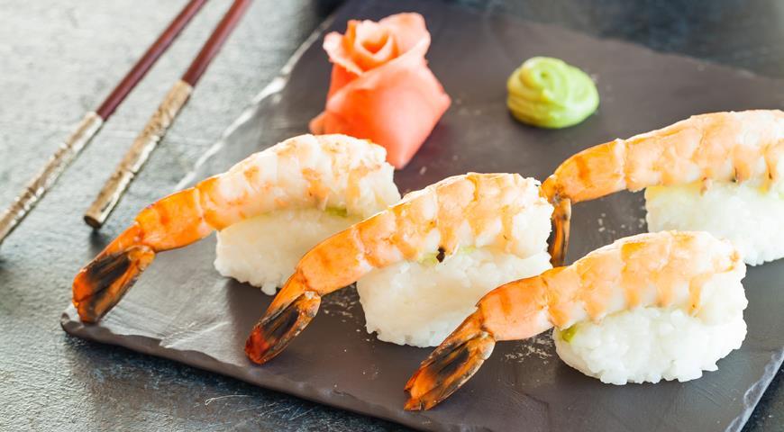 Нигири суши с креветками