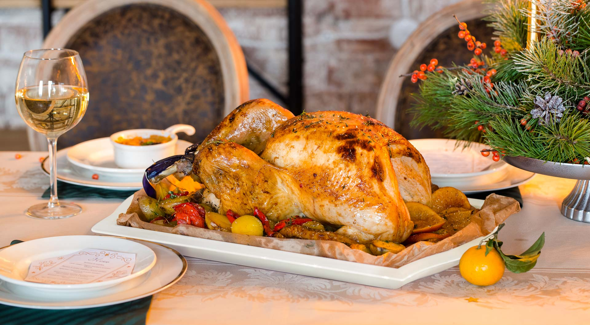 Фаршированная рождественская индейка с печеным чесночным картофелем, пошаговый рецепт с фото