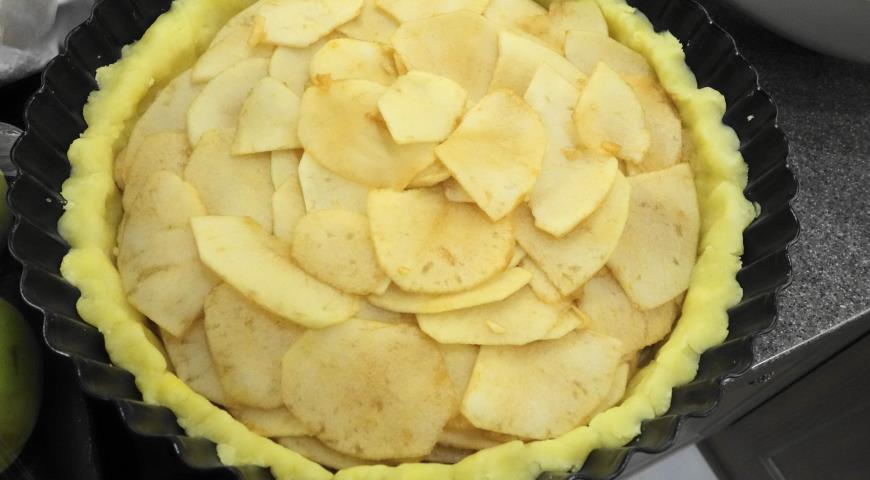 Яблочный пирог (Tarte vergeoise aux pommes). Шаг 9