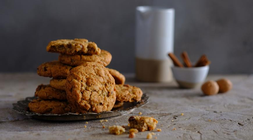 рецепт еврейского печенья с изюмом и арахисом