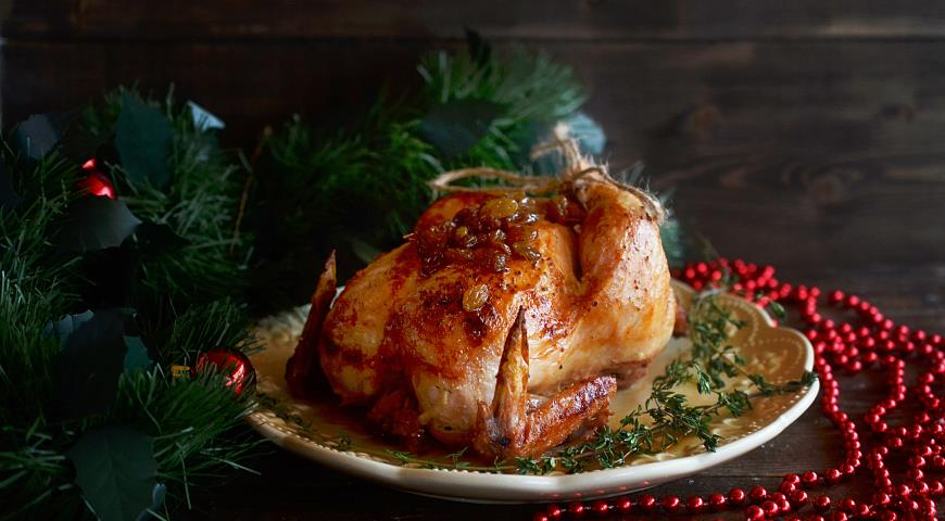 Запеченный цыпленок с медом и изюмом. 2
