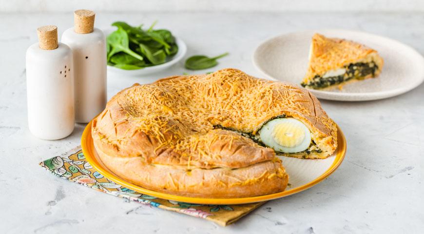 Пиріг зі шпинатом і яйцем