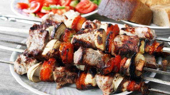 Как приготовить самый вкусный шашлык на майские праздники