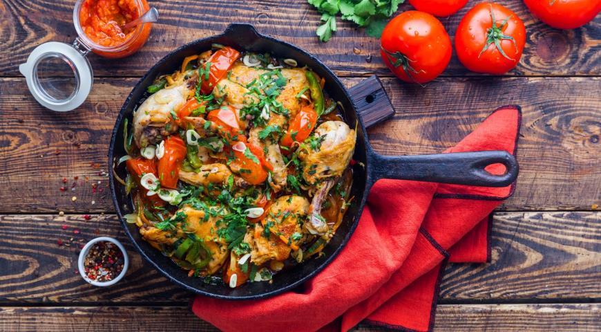 целая курица на сковороде рецепты с фото