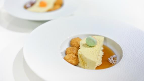 Модное блюдо: сироп из сирени вместо кленового сиропа