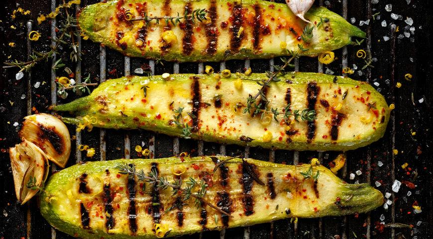 Кабачки на гриле с сырной заправкой, пошаговый рецепт с фото