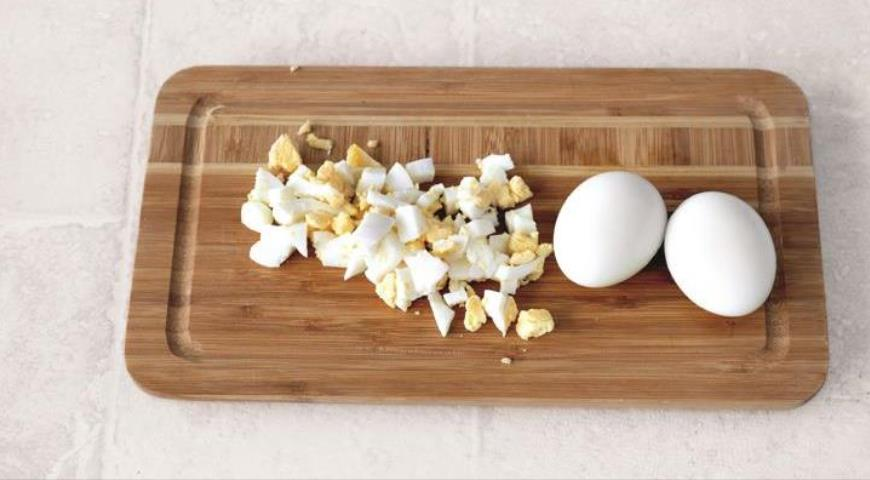 Яичный салат. Шаг 2