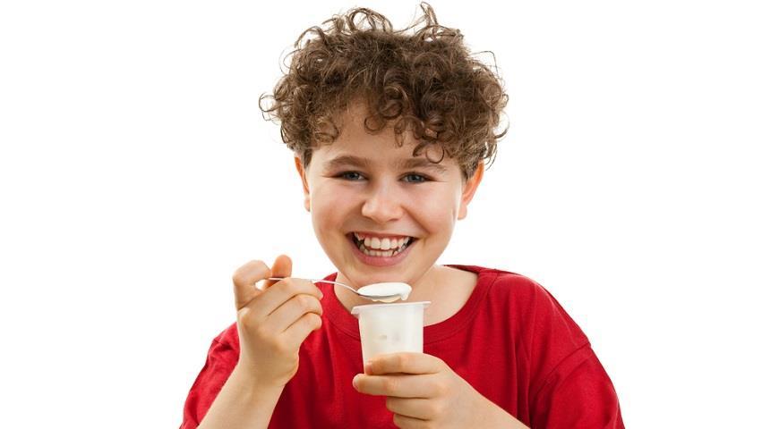 Обезжиренный йогурт может стать причиной появления прыщей