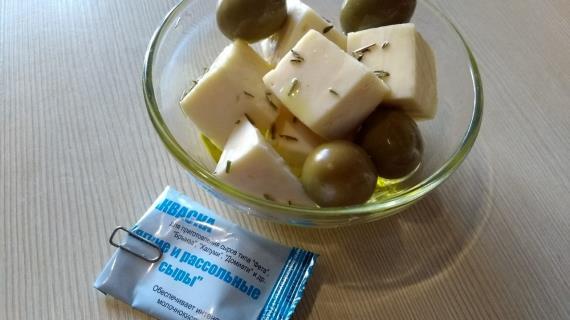 """Сыр """"Фета"""" из коровьего молока"""