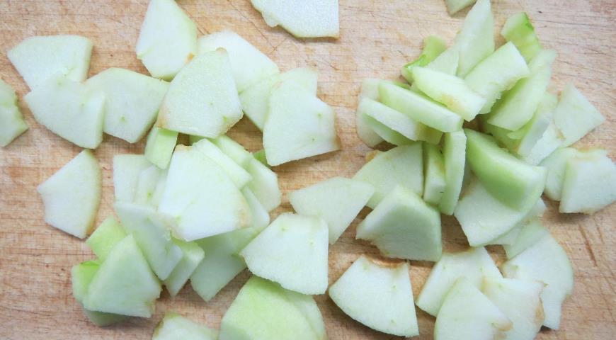 Для Американского пирога готовим яблоки