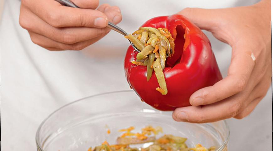 Перец, фаршированный баклажанами, пошаговый рецепт с фото