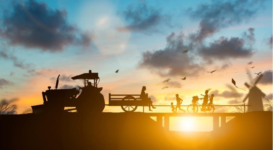 Дети на ферме
