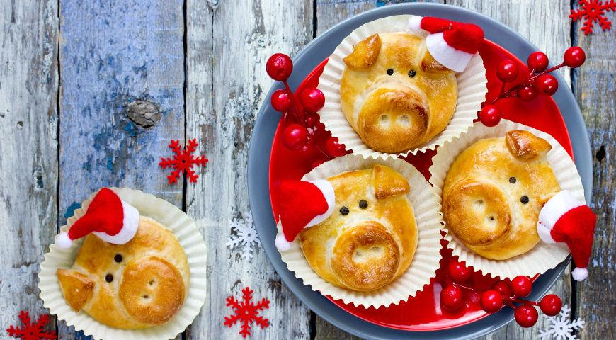 новогоднее печенье свинки