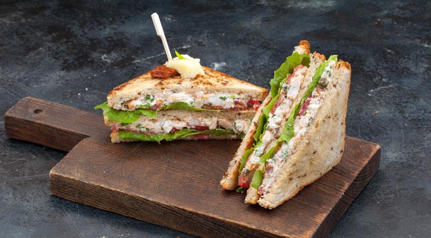 Клубный сэндвич сморепродуктами