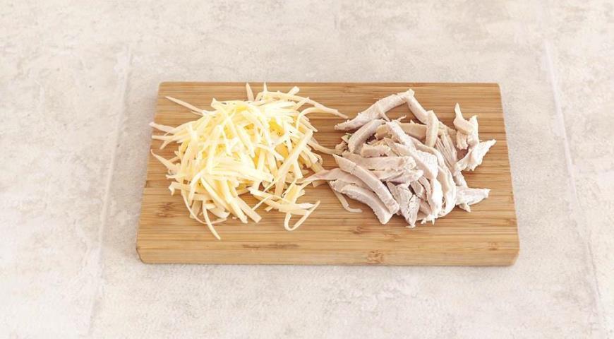 Роллы из лаваша с сыром и курицей, пошаговый рецепт с фото