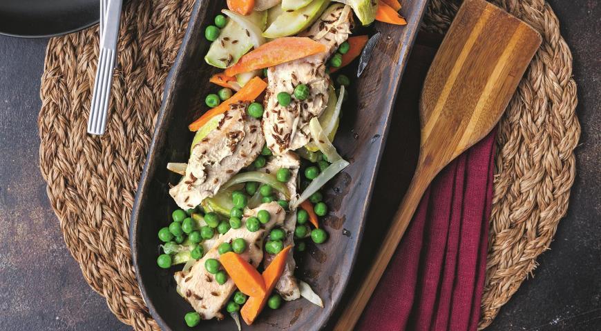 Рагу из индейки с овощами и зирой