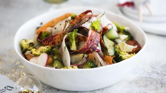 Салат из хрустящих овощей для похудения